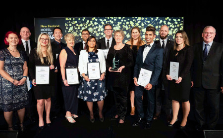 NZ Industry Awards winners with co hosts Sally Attfield and Stephen Hamilton